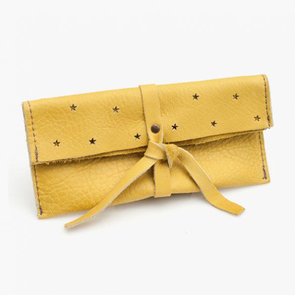 Dipla Yellow - Jee Bags, unique handmade leather bags, unieke handgemaakte leren tassen, Janneke Peters