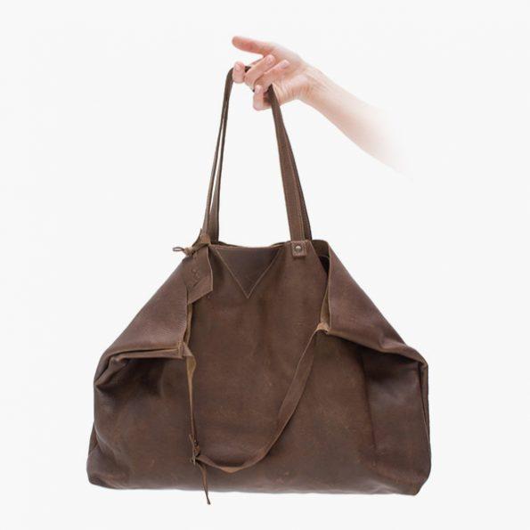 Nilla Cacao - Jee Bags, unique handmade leather bags, unieke handgemaakte leren tassen, Janneke Peters