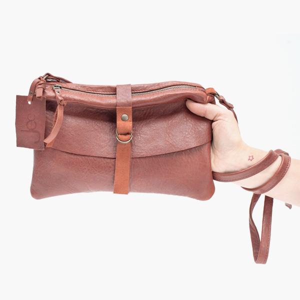 Num Cognac - Jee Bags, unique handmade leather bags, unieke handgemaakte leren tassen, Janneke Peters